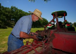 Degreasing heavy equipment